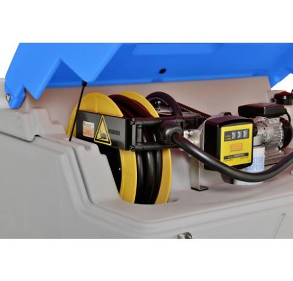 Schlauchaufroller für CUBE-Tankanlage für AdBlue